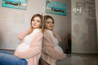 fotografie femei însărcinate