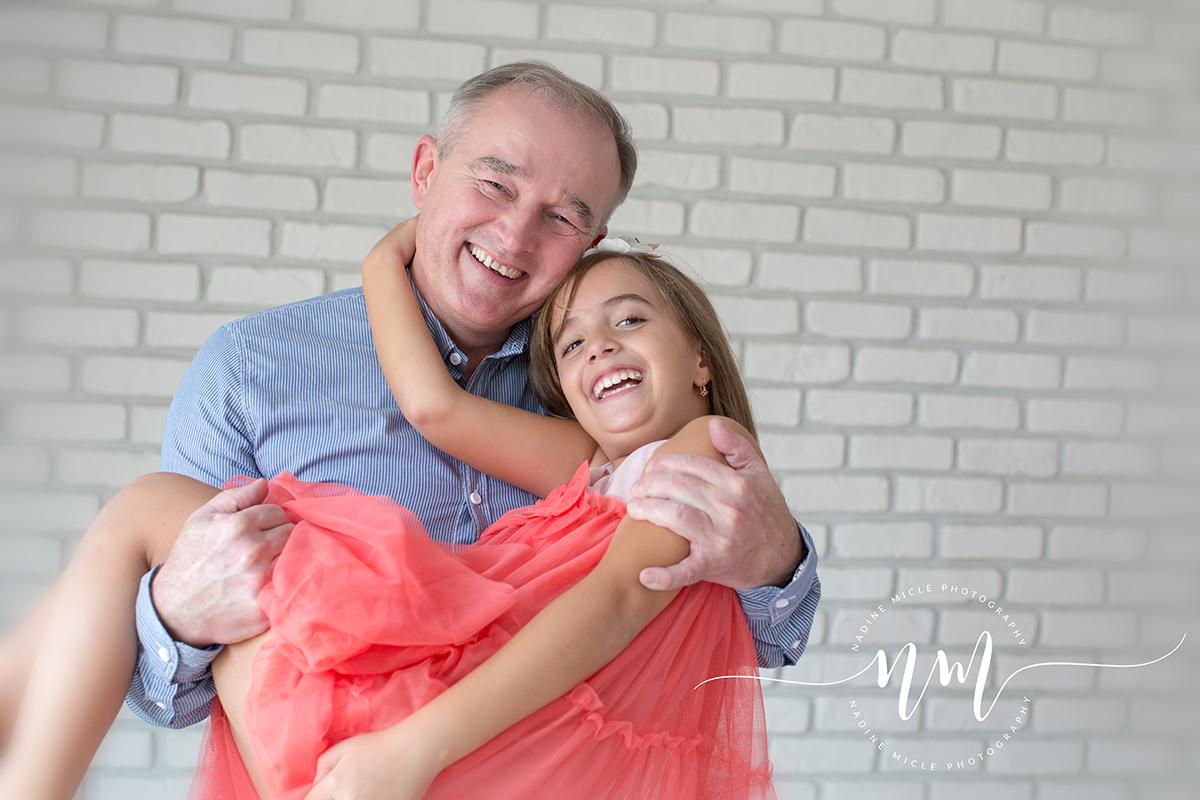 Sedinta foto tata cu fata cea mare